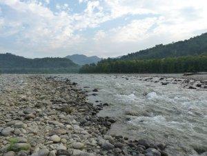 नैनीताल: अवैध खनन की सूचना पर पहुँचे वनकर्मियों की हुई पिटाई