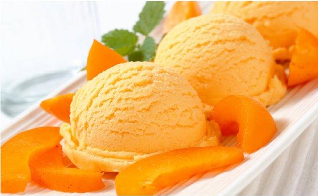 आम का लीजिए भरपूर मज़ा, बनाइए मैंगो आइसक्रीम