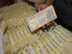 गाज़ियाबाद पुलिस ने 49 लाख पुराने नोटों के साथ 4 लोगों को किया गिरफ्तार