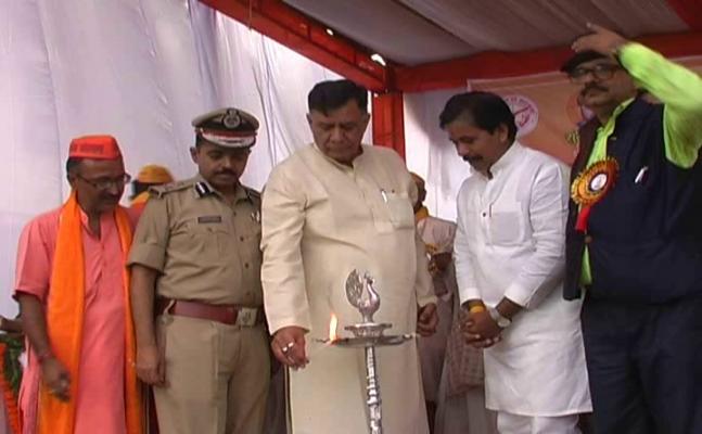 कानपुर पहुंची आज नमामि गंगे जागृति यात्रा, सरसैया घाट पर किया गया समारोह आयोजन