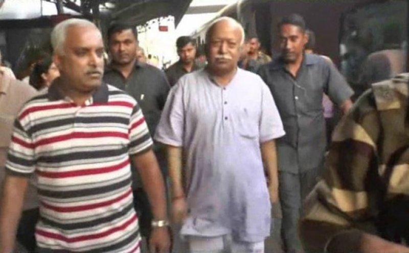 कानपुर पहुंचे संघ प्रमुख मोहन भागवत, भांपेंगे वोटरों का मूड