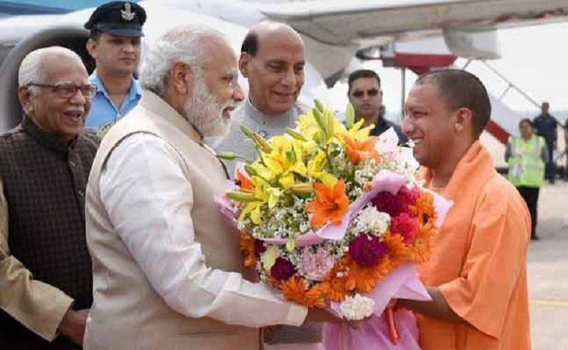 46 साल के हुए यूपी के सीएम योगी आदित्यनाथ, पीएम मोदी ने दी बधाई