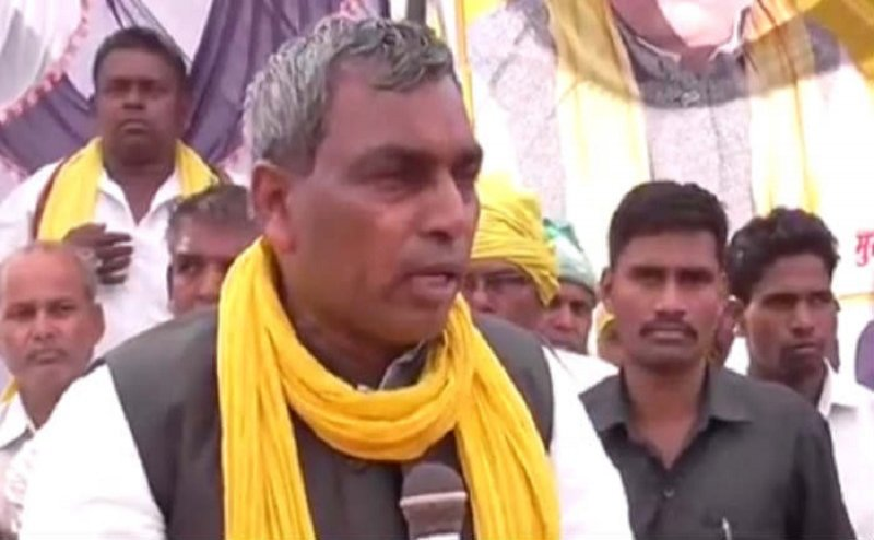 प्रमुख सचिव पर घूस का आरोपः योगी के मंत्री बोले- कोई बिना वजह आरोप नहीं लगाता
