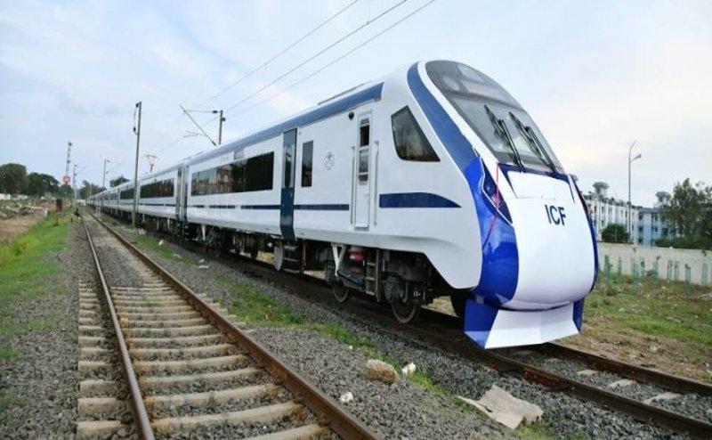 Moradabad-Bareilly रेल मार्ग पर ट्रेन- 18 का हुआ सफलतापूर्वक परीक्षण