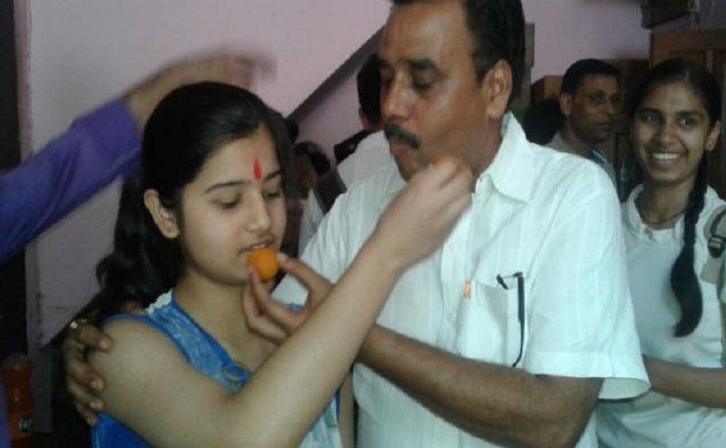 Uttarakhand Board Result: इस लड़की ने 10वीं में किया है टॉप