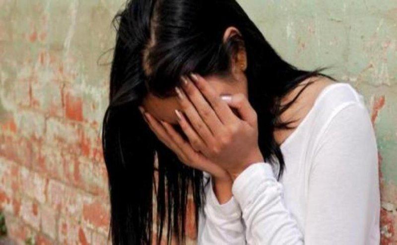 इलाहाबाद में बिजली विभाग के जेई पर एमए की छात्रा ने लगाया छेड़खानी का आरोप