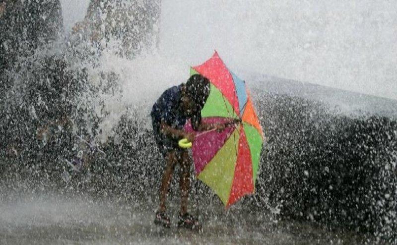 हरिद्वार में भारी बारिश, सड़कों पर भरा पानी