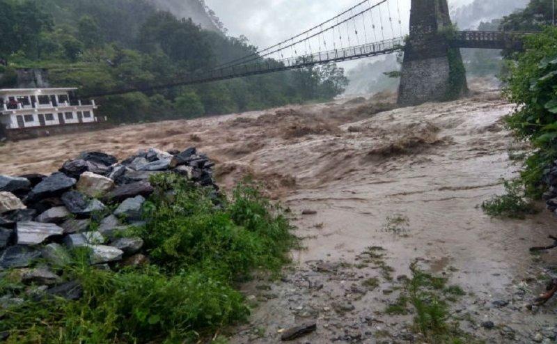 उत्तराखंड में बारिश का कहर, देहरादून में 5 लोगों की मौत