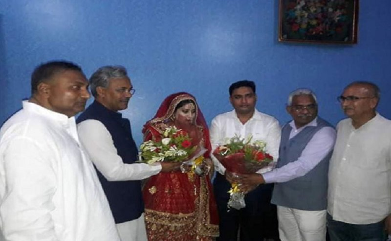 बेटे की शादी में मोहम्मद शहजाद ने सीएम को बुलाया, पार्टी ने किया निष्कासित