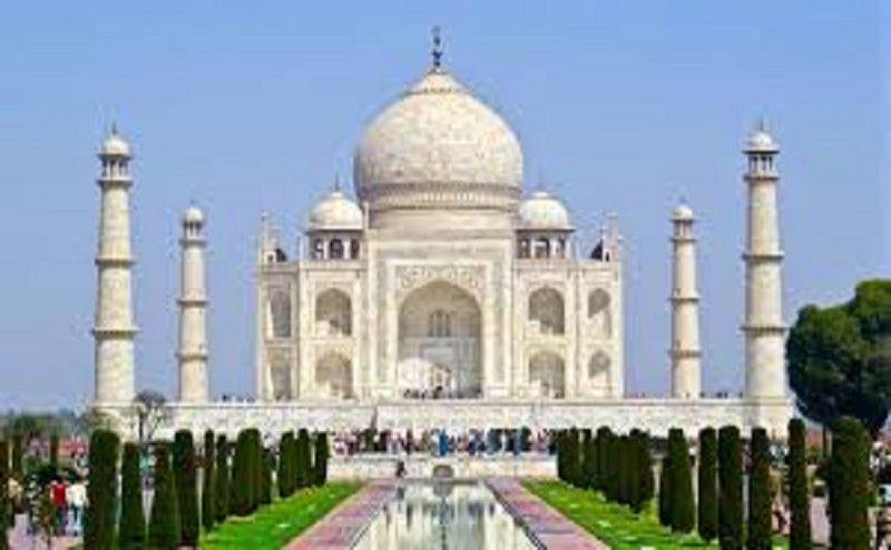 सुप्रीम कोर्ट ने ताजमहल को लेकर योगी सरकार से मांगा ये जवाब