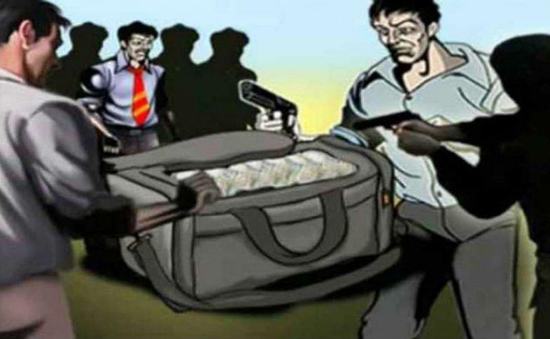 बरेली में कोरियर कंपनी में 4 लाख की लूट, सीसीटीवी के आधार पर पुलिस कर रही बदमाशों की पहचान