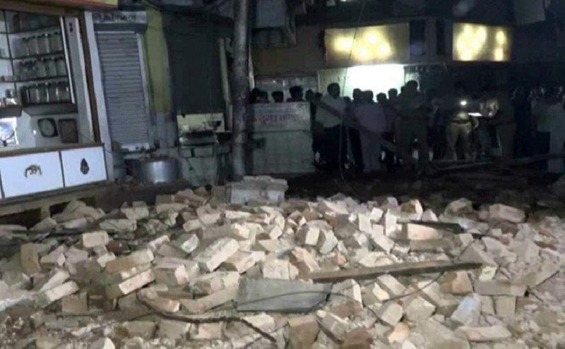 कानपुर में गिरी एक और बिल्डिंग, एक की मौत