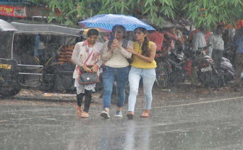 उत्तराखंड में भारी बारिश की चेतावनी, सावधानी बरतने की सलाह