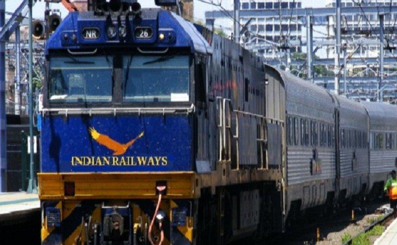 रेलवे भर्ती परीक्षा: उम्मीदवारों की सुविधा के लिए रेलवे चला रहा है 8-8 ट्रेनें