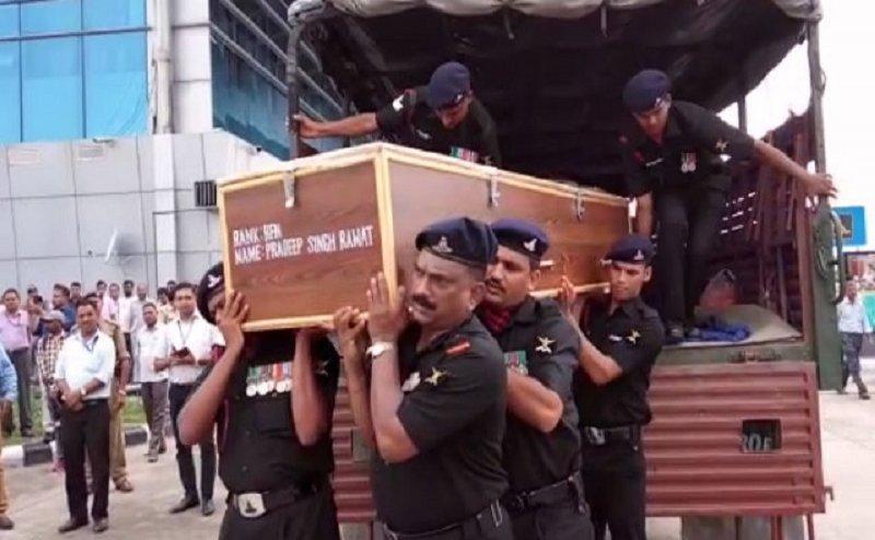 सीएम रावत ने दी शहीद प्रदीप रावत को श्रद्धांजलि, कल होगा अंतिम संस्कार