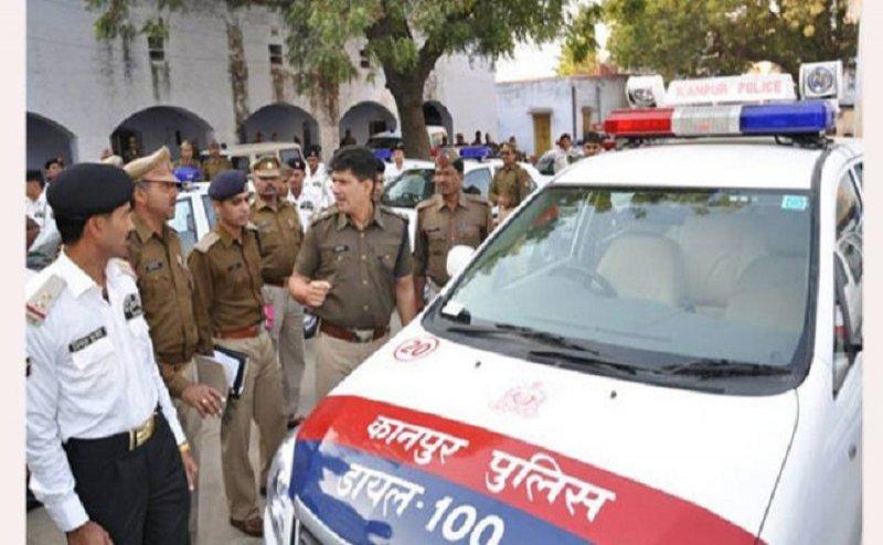 कानपुर में एसएसपी ने दो दारोगा समेत 4 पुलिसकर्मियों को किया सस्पेंड