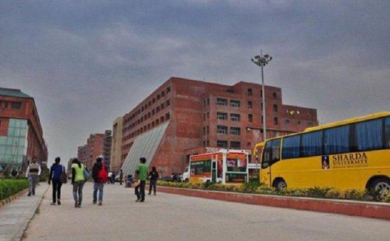 शारदा यूनिवर्सिटी में मारपीट का मामला: 100 से अधिक छात्रों से की गई पूछताछ