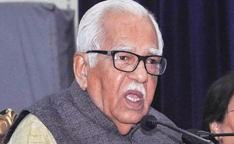 बजरंग बली को दलित बताने वाले बयान के बाद गवर्नर राम नाइक ने दी सीएम योगी को नसीहत