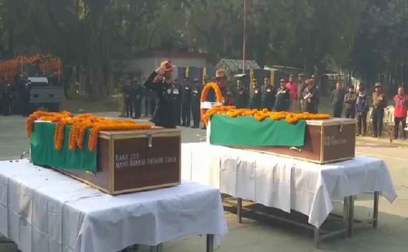 कुपवाड़ा में शहीद हुए दो जवानों को Varanasi में नम आंखों से दी गई श्रद्धांजलि
