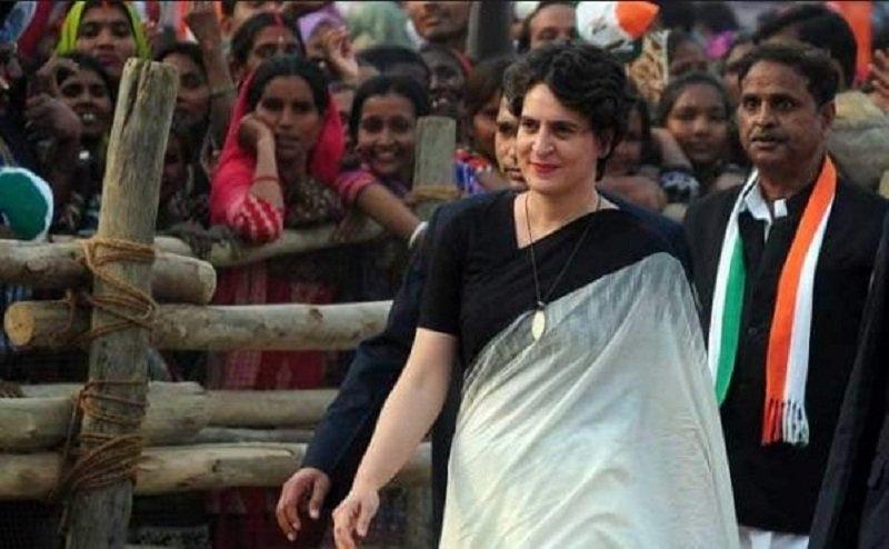 बॉलीवुड में प्रियंका गांधी पर बनी फिल्म क्यों नहीं रिलीज हुई