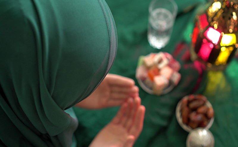 रमजान पर्व:रमजान का मकसदआत्मा में तकवा पैदा करना औरजरूरतमंदों की सेवा करनाहै