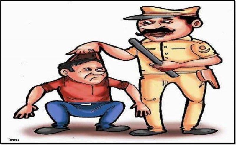 महामारी के समय कांटी में बेवजह घूमने वालों पर पुलिस ने बरसाई लाठियां