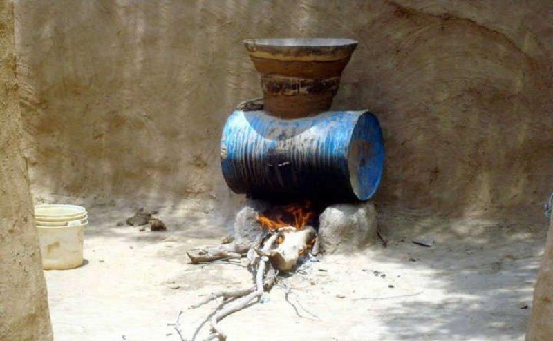 झांसी में भी अवैध शराब मचा सकती है तबाही, अलीगढ़ में ले चुका है कई लोगों की जान