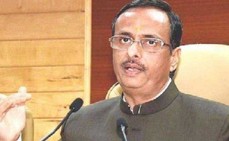 गोरखपुर में गरजे डिप्टी सीएम दिनेश शर्मा, कहा- प्रदेश में भाई-भतीजावाद के जगह चल रहा है मोदी-योगी का विकासवाद