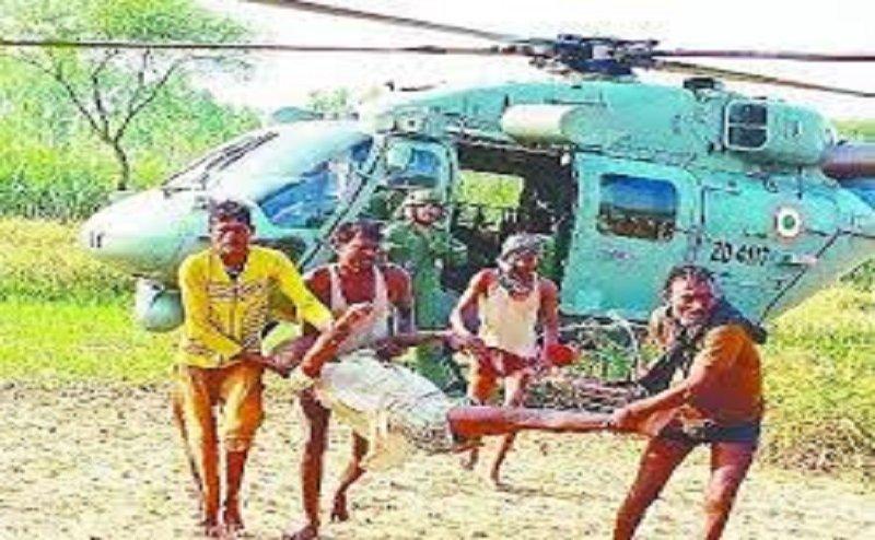 लखीमपुर में सेना के हेलीकाप्टर ने बाढ़ में फंसे 16 लोगों को बचाया, रेस्क्यू व सर्च आपरेशन जारी