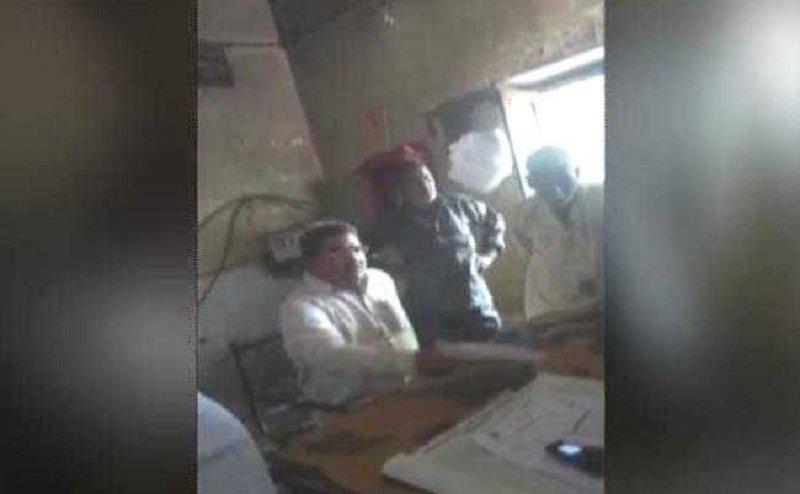 कासगंज में बीजेपी विधायक देवेंद्र राजपूत की गुंडागर्दी, बिजली विभाग के जूनियर इंजीनियर को पीटा