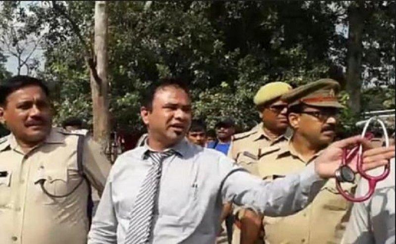 धोखाधड़ी के नौ साल पुराने मामले में डॉ कफील खान और उनके भाई गिरफ्तार