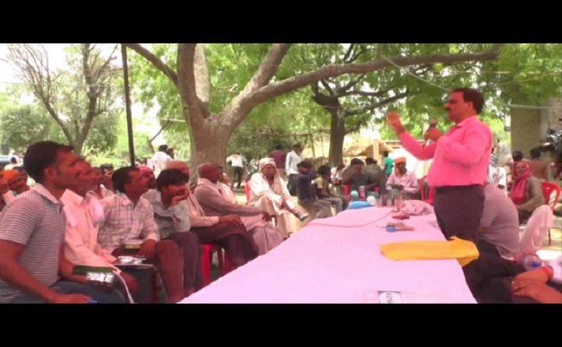 फसलों की बेहतर पैदावार के लिए किसानों की मदद करेंगे कानपुर कृषि विश्वविद्यालय के प्रोफेसर