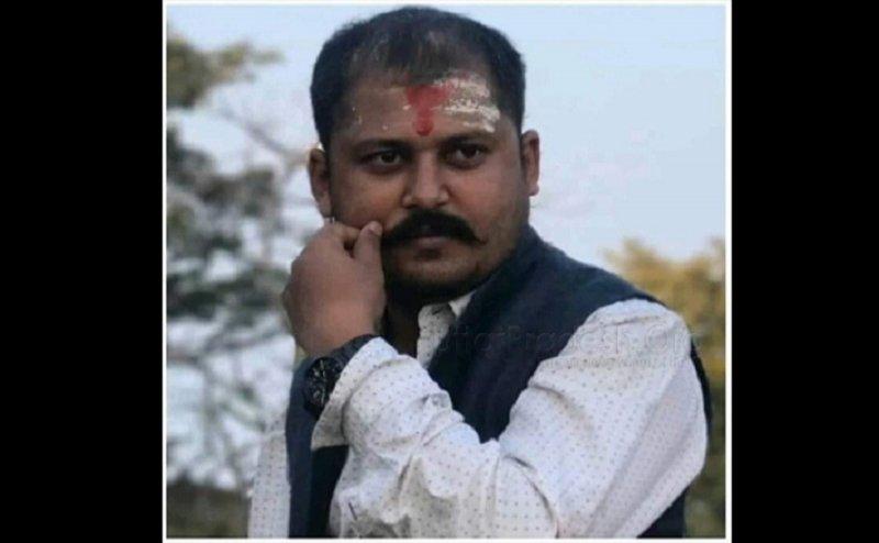 सुमित शुक्ला की हत्या का मामला: अभियुक्तों की गिरफ्तारी के लिए छात्रों का प्रदर्शन