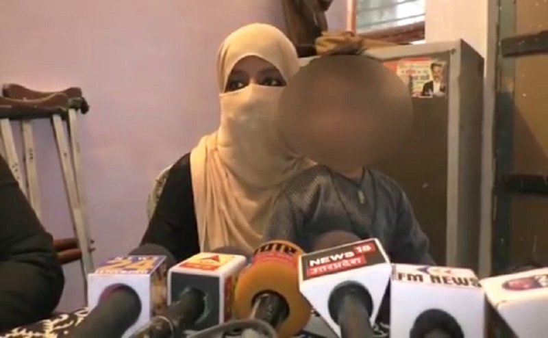 बरेली में वेश्यावृति करने से किया इंकार तो शौहर ने दिया तीन तलाक, हलाला का भी बनाया दबाव