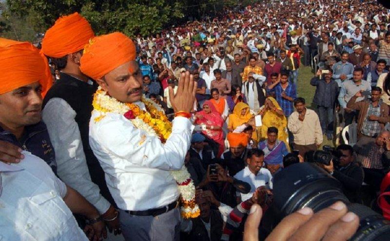 पूर्व पीएम वीपी सिंह जैसा होगा मोदी का हाल: शेर सिंह राणा