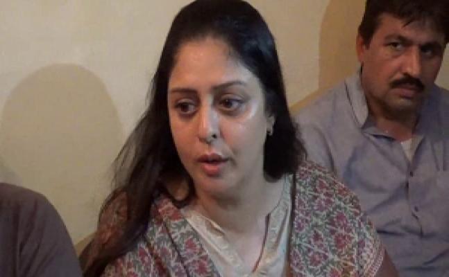 मेरठः  कांग्रेस संगठन के कार्यकर्ताओं ने लगाए नगमा के खिलाफ नारे