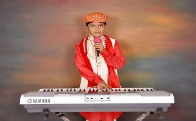 CITY STAR: मेरठ के इस नन्हे गायक ने एफ.एम पर गज़ले गाकर बनाया रिकॉर्ड