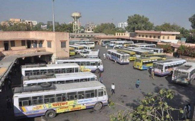 गोरखपुरः रोडवेज पर इलेक्ट्रॉनिक अनाउंसमेंट सिस्टम देगा आपको बसों की जानकारी