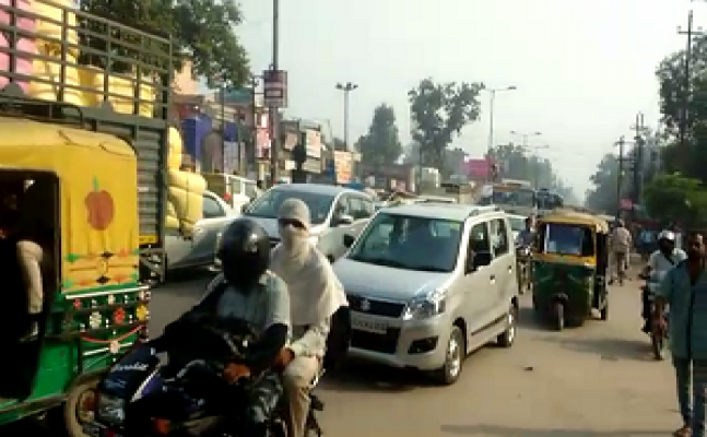 ghaziabad: DPS school bus crushes the employee, protesters jammed on meerut road