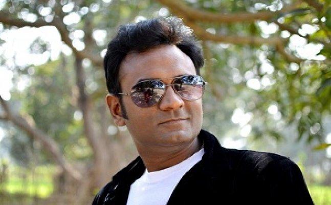 गोरखपुर के स्टार है अनुराग सुमन, संगीत के जरिए कमाया देशभर में नाम