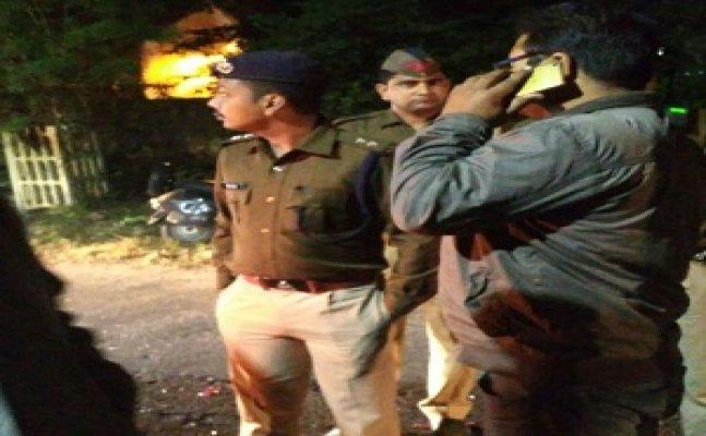 मेरठ – सपा जिलाध्यक्ष की कार ने दो युवकों को रौंदा, एक की मौत