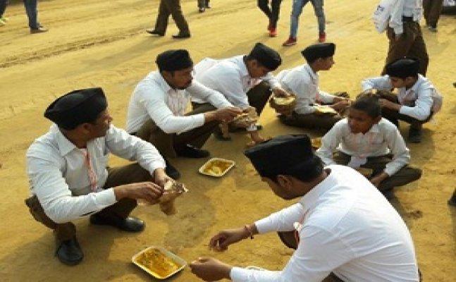 मेरठ: राष्ट्रोदय में करीब 4 लाख स्वयंसेवकों के लिए तैयार खाना