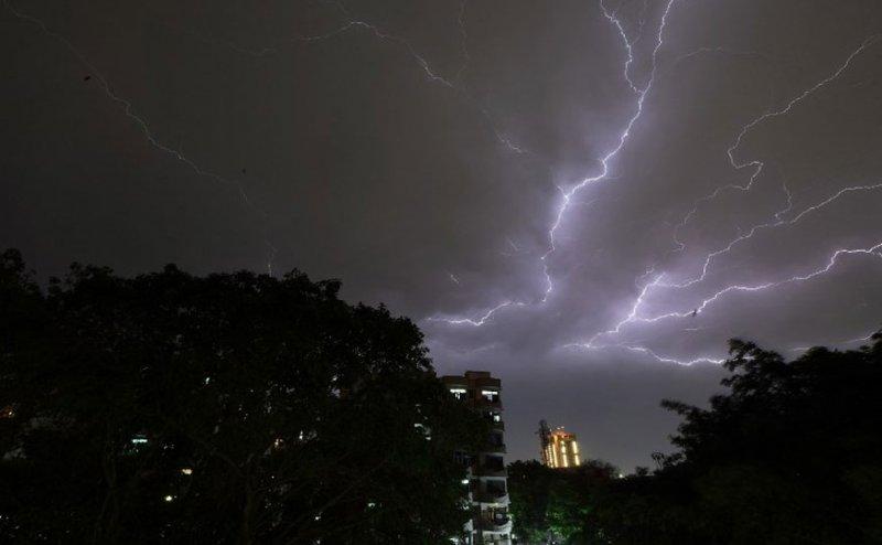 सावधान! मौसम विभाग का अलर्ट, आने वाला है भयंकर आंधी-तूफान