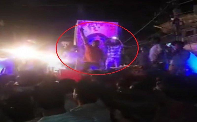 मेरठ: BJP नेता कमल दत्त के जन्मदिन पर हर्ष फायरिंग, वीडियो वायरल