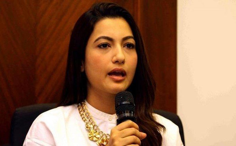 मंदसौर रेप केस: एक्ट्रेस कोइना मित्रा के ट्वीट पर गौहर खान ने दिया तड़का जवाब