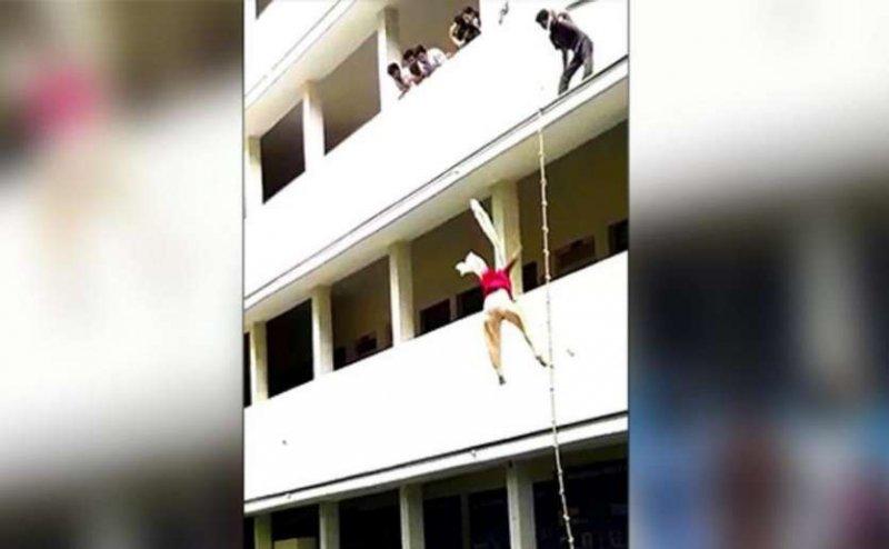 आपदा प्रबंधन ट्रेनिंग के दौरान दूसरी मंजिल से गिरी लड़की, मौत
