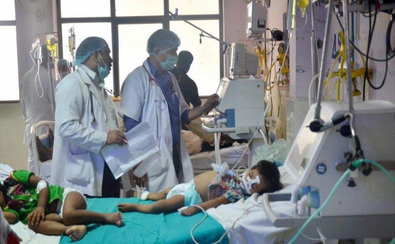 बीआरडी में इस्तीफे के बाद डॉक्टरों की कमी, मरीजों का नहीं हो रहा ऑपरेशन