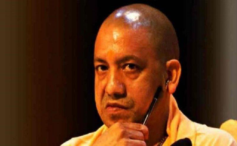 सीएम योगी का एक्शन, प्रतापगढ़ के एसपी संतोष कुमार सिंह को किया निलंबित