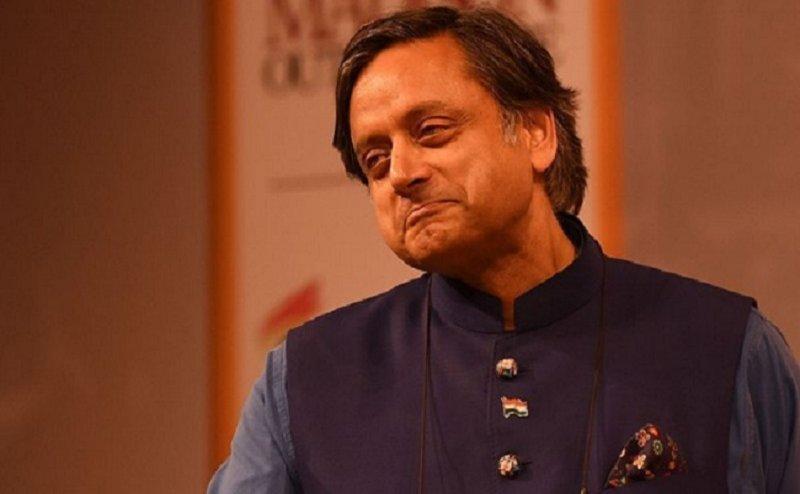 हिंदू धर्म ने भी क्या तालिबानी हरकतें शुरू कर दी हैं- शशि थरूर