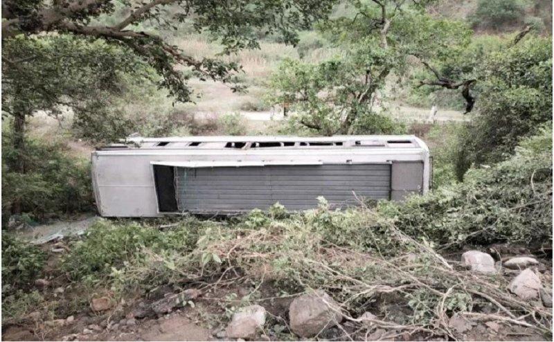 उत्तरकाशी: खाई में गिरी यात्रियों से भरी रोडवेज बस, 10 की मौत, 9 घायल